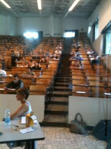 öğrencilerimiz sınavda iken....prontoitalia uzman ekibi yanında beklerken.....
